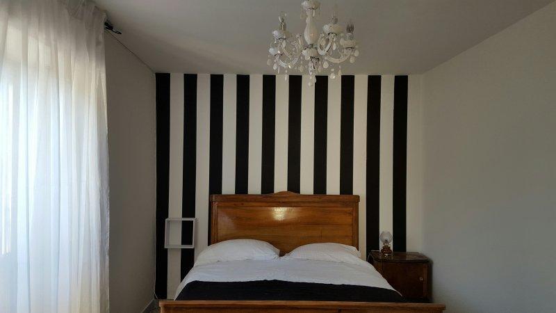 Casa Annunziata a Badolato, un Girino al Borgo ed al Mare ., vacation rental in Santa Caterina dello Ionio