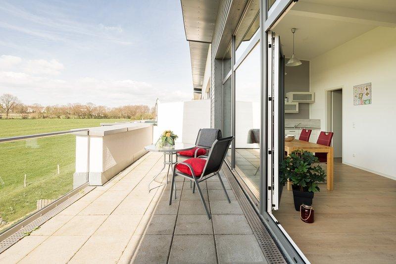 Großzügiges Penthouse Apartment in Roetgen 52159, holiday rental in Nideggen