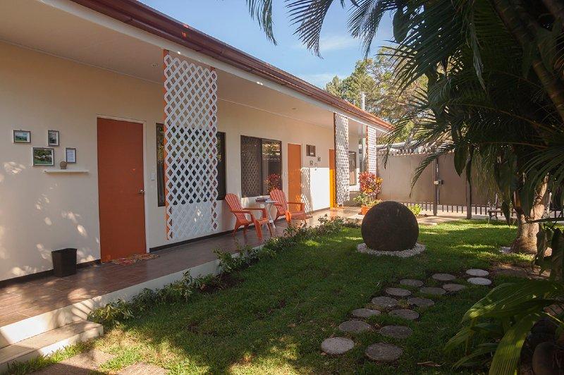 Terida Airport B & B - Room 3, aluguéis de temporada em Alajuela