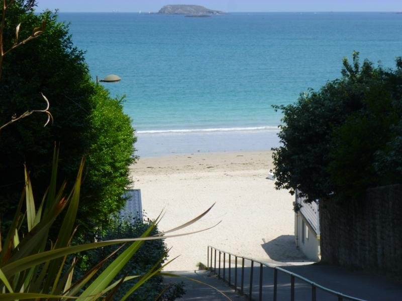 10 mins drive from the property - one of the 11 sandy beaches at St Jacut de La Mer