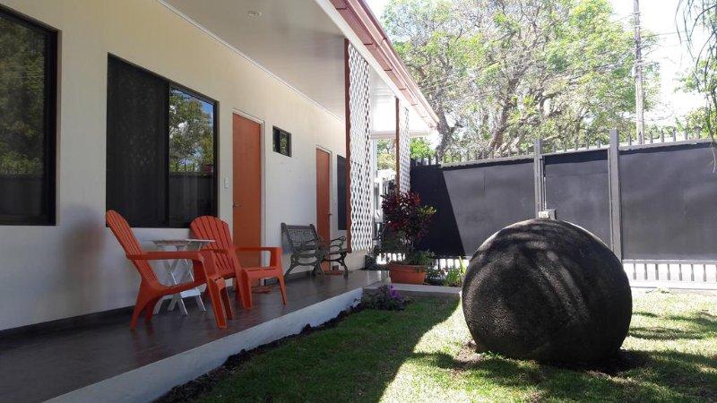 Terida Airport B & B - Room 2, aluguéis de temporada em Alajuela