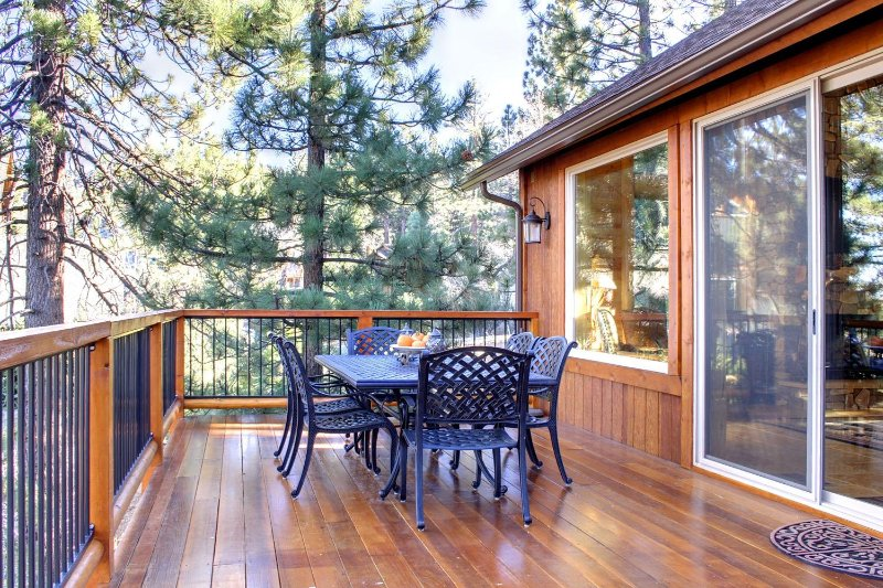 Deck dining outside of great room