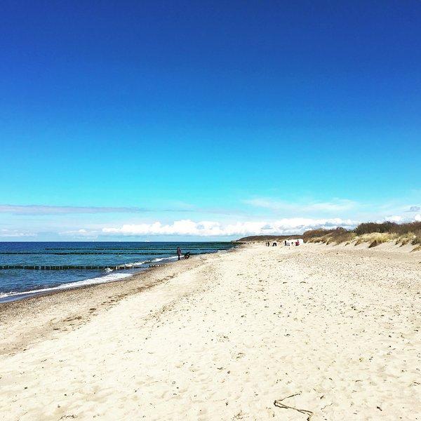 beautiful natural beach in Börgerende
