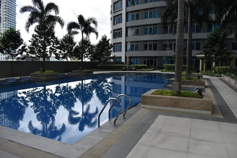Hotel living at Le Gran Tower 3, holiday rental in Antipolo City