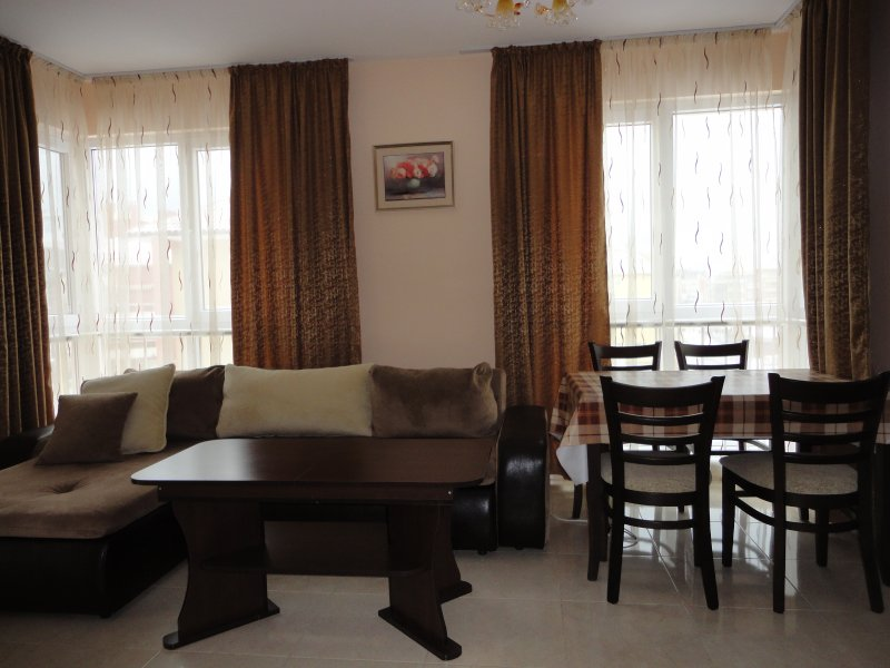 Zefira Apartments, vacation rental in Pomorie