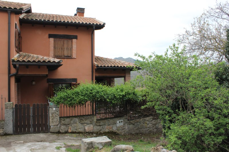 Casa Rural Celigredos, location de vacances à Robledillo