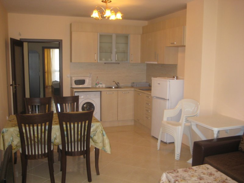 Beautiful 2 bedroom apartment, holiday rental in Pomorie