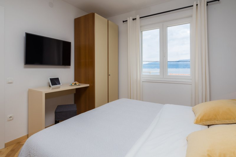 Ensuite bedroom 1 with a view
