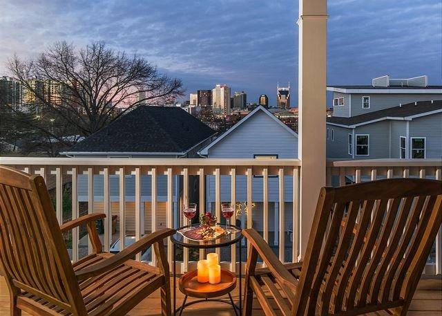 Dreamy Skyline views on your Private Balcony!