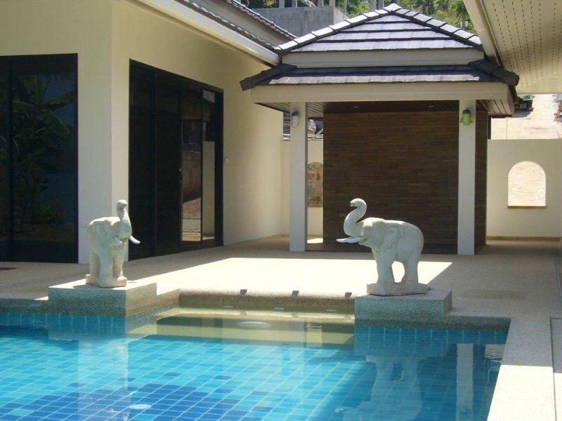Bayview Pool Villa, alquiler de vacaciones en Ao Luek