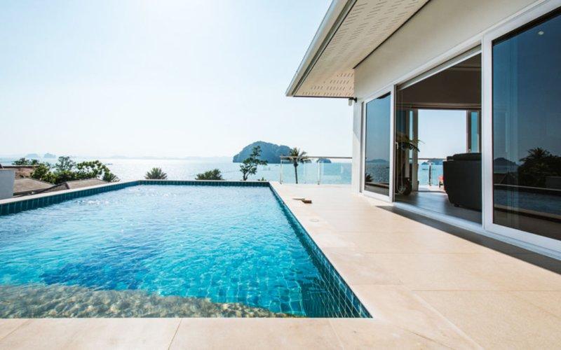 Karsts View Pool Villa, alquiler de vacaciones en Ao Luek