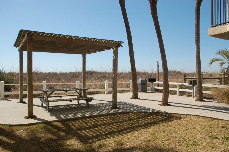 Patio,Pergola,Porch,Bench,Gazebo