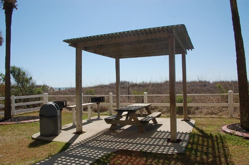 Gazebo,Patio,Mailbox,Postbox,Pergola
