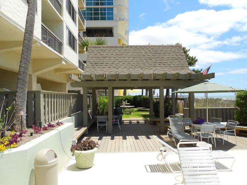 Yard,Patio,Deck,Porch,Balcony