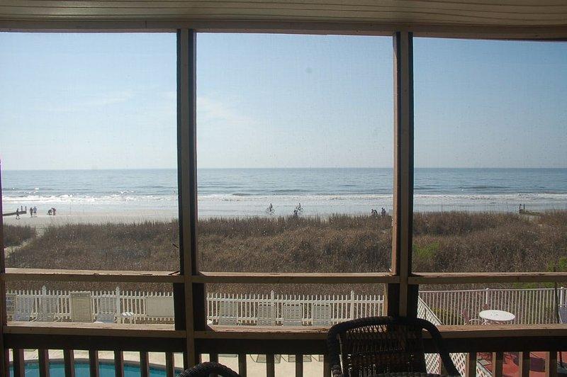 Balcony,Dining Room,Indoors,Room,Building