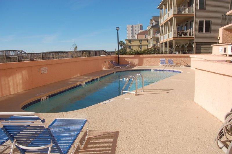 Pool,Resort,Swimming Pool,Water,Outdoors