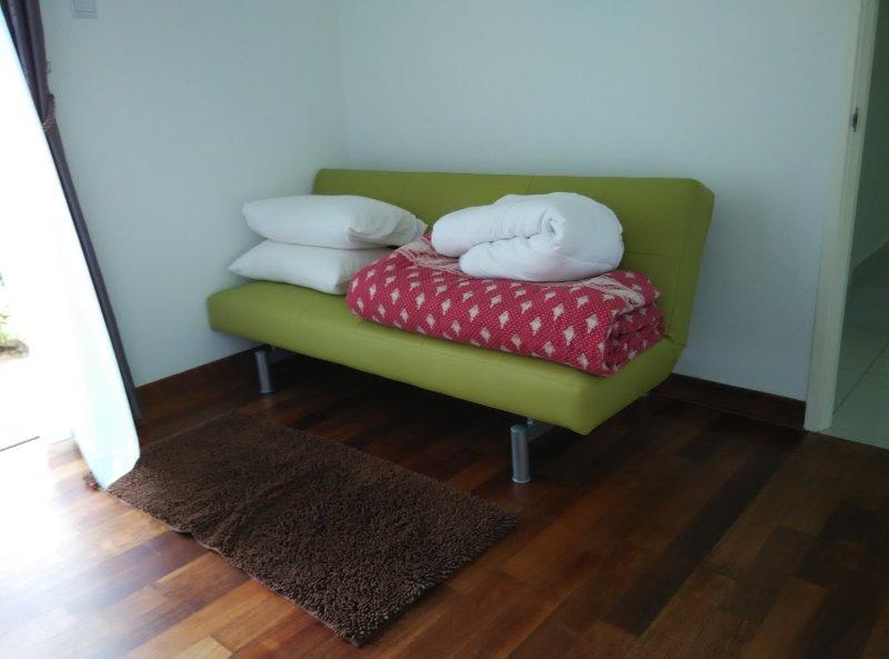 Batu Ferringhi cozy and comfortable garden room, Ferienwohnung in Teluk Bahang