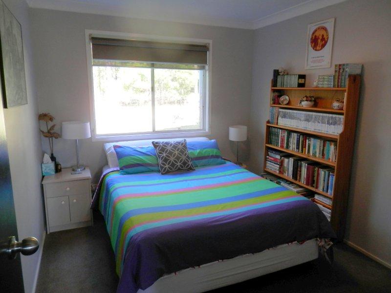 cama queen size, quarto separado