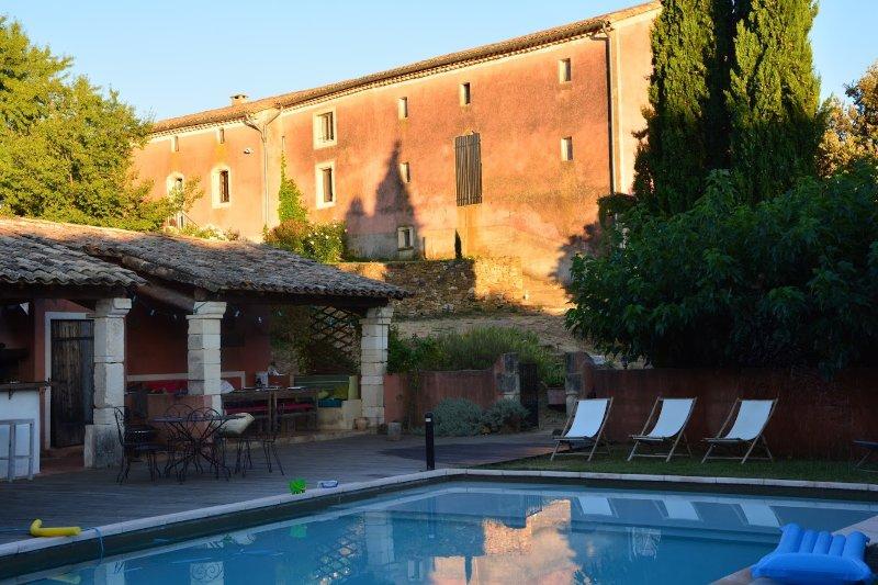Mas Garel, charme et tranquilité à 2 pas d'Uzes Classement ****, holiday rental in Aigremont