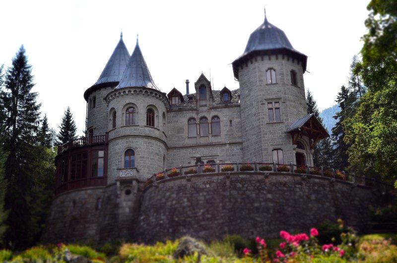 Queen Margherita castle 20 min walk