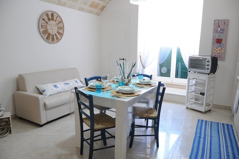 Apartment in Puglia with 2 bedrooms near the beaches of Monopoli, holiday rental in Monopoli