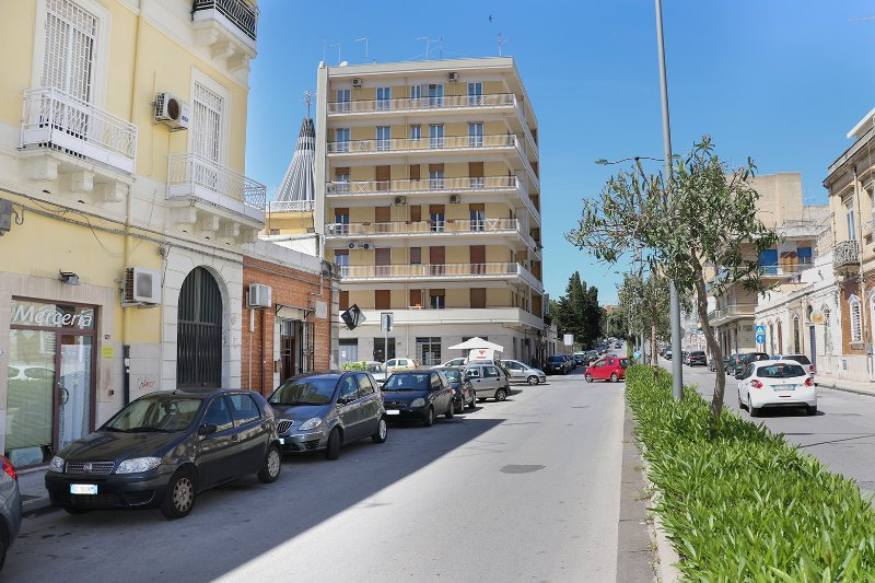House Nonna Maria and 'the ideal home for families in the city center'.