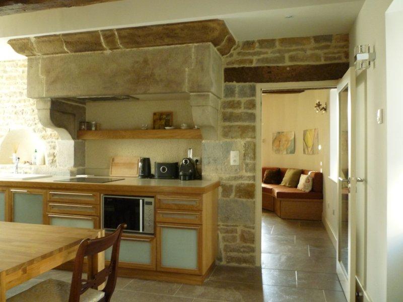 Gemuetliche Ferienwohnung im Château, location de vacances à La Roche-Morey