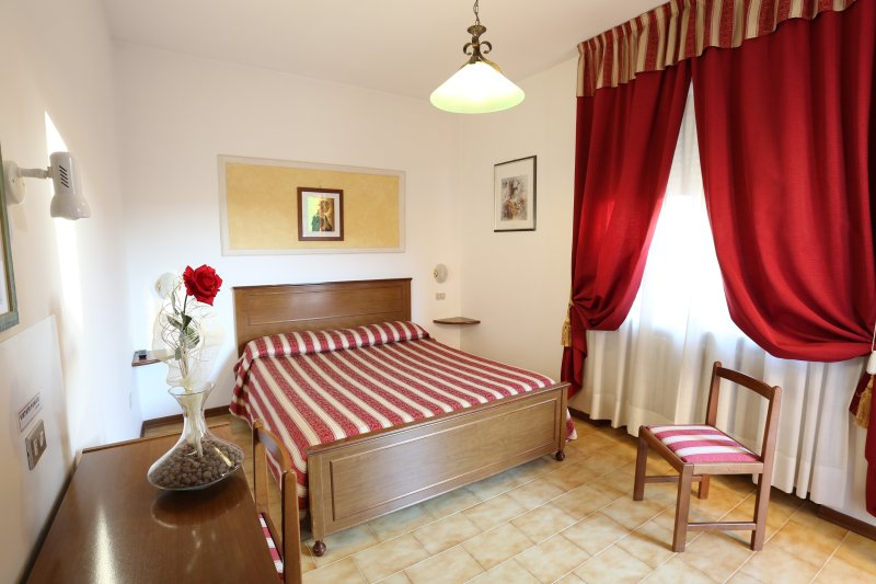 B&B Hotel Vignola Deluxe Double Room, Ferienwohnung in Santa Maria degli Angeli