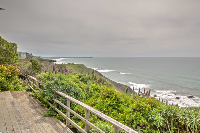 Nestled on the bluffs, this property provides easy access to endless activity!