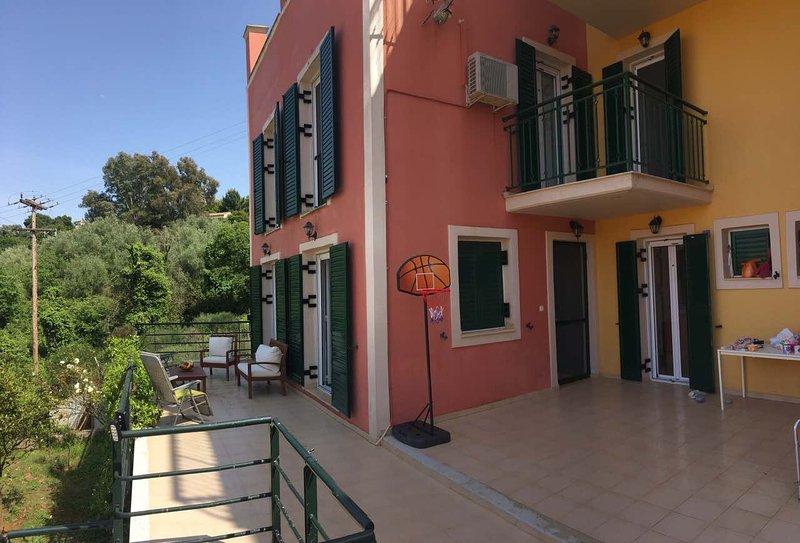 Corfu Villa Dionysos, aluguéis de temporada em Kompitsi