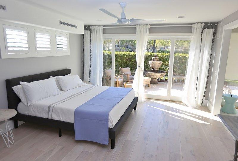 In Sawgrass CC, close to  Beach, Tennis, Golf, 3/3 townhouse, holiday rental in Ponte Vedra Beach