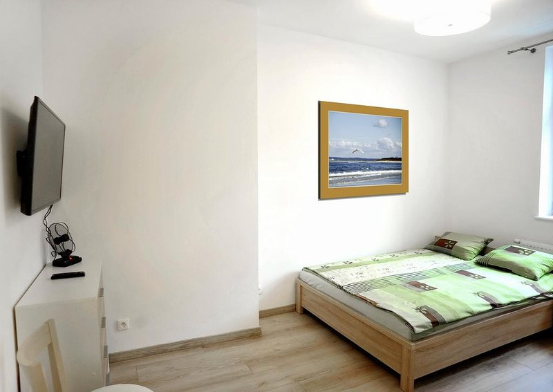 Guest house 'Muszelka' 200m from beach - room #1, holiday rental in Swinoujscie