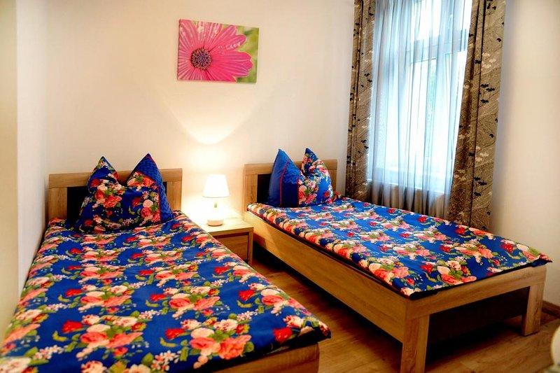 Guest house 'Muszelka'  200m from beach - room #3, location de vacances à Miedzyzdroje