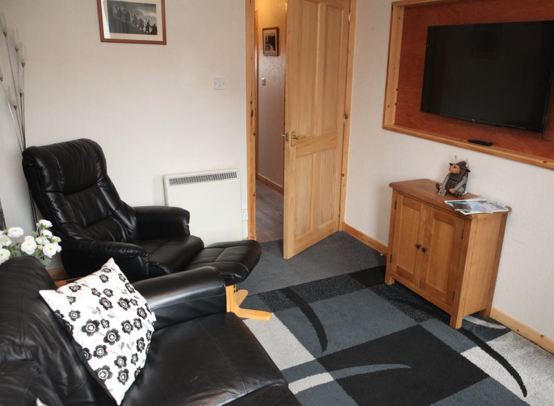 Castleyards Apartment 1 - A Modern One Bed Apartment in Kirkwall Town Centre, vacation rental in Kirkwall