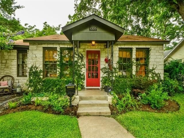 Old Town Escape.  A Beautiful, Spacious Home In The Heart Of Georgetown, holiday rental in Hutto