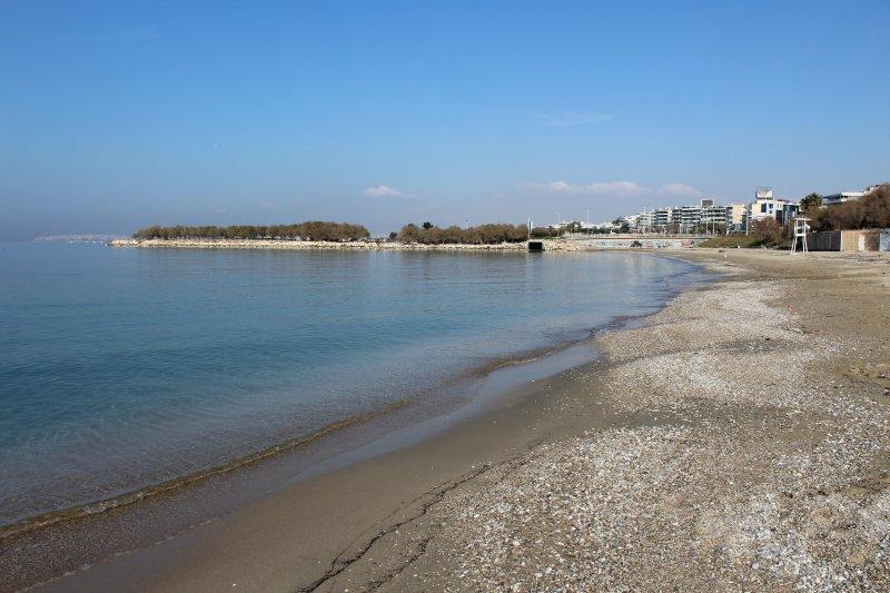 Alimos beach 1.3 km