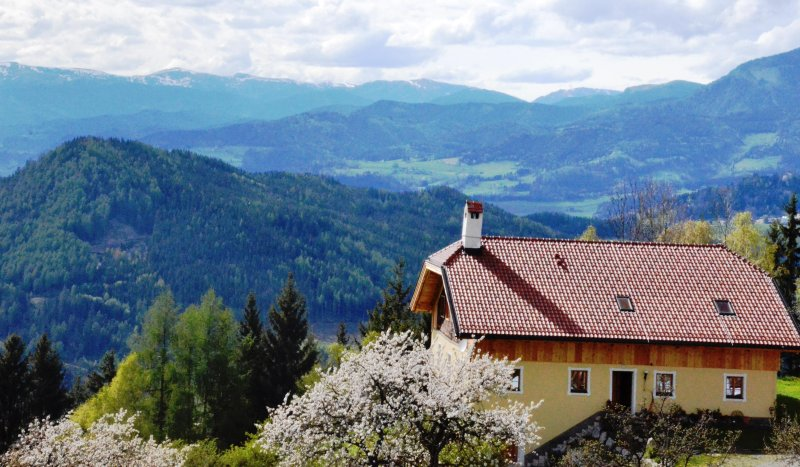A breathtaking view over large parts of Carinthia.