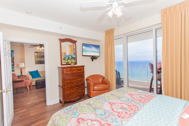 You can watch 40' TV or ocean from your bed (or both!)