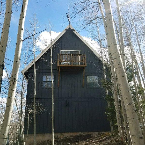 Aspen Grove Cabin 4 Bedroom 3 Bathrooms Has Wi Fi And Dvd
