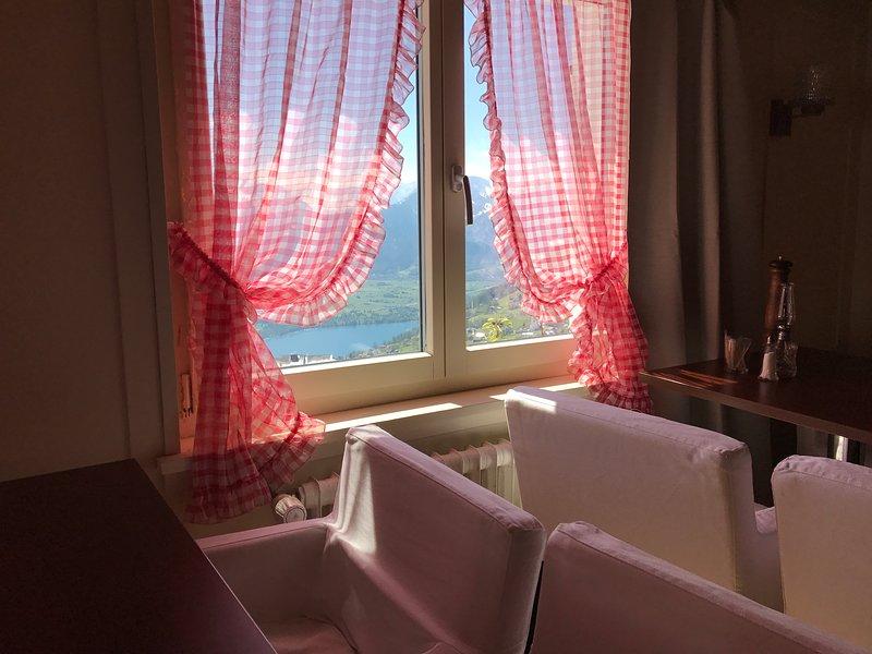AmdenLodge - Bienenheim Chalet, aluguéis de temporada em Muhlehorn