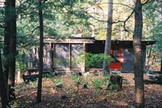 La cabina con vistas a la Poética Creek
