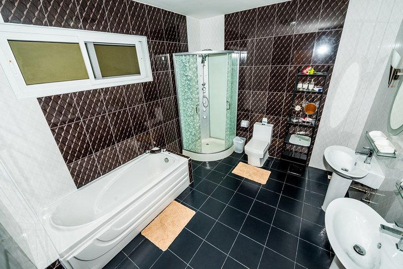 bathrom 1