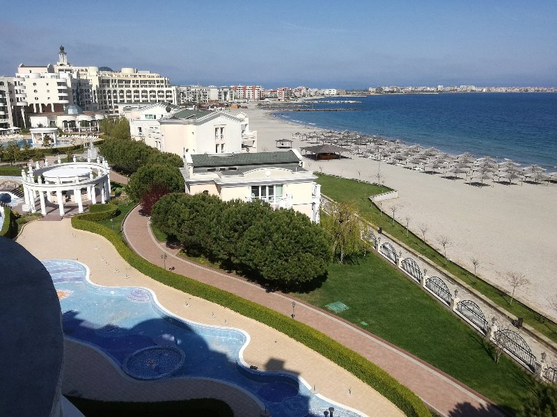 R) Sunset Resort, Pomorie, Bulgaria, SEA VIEW, Lg. 2 bed apt. in Alpha Building., holiday rental in Pomorie