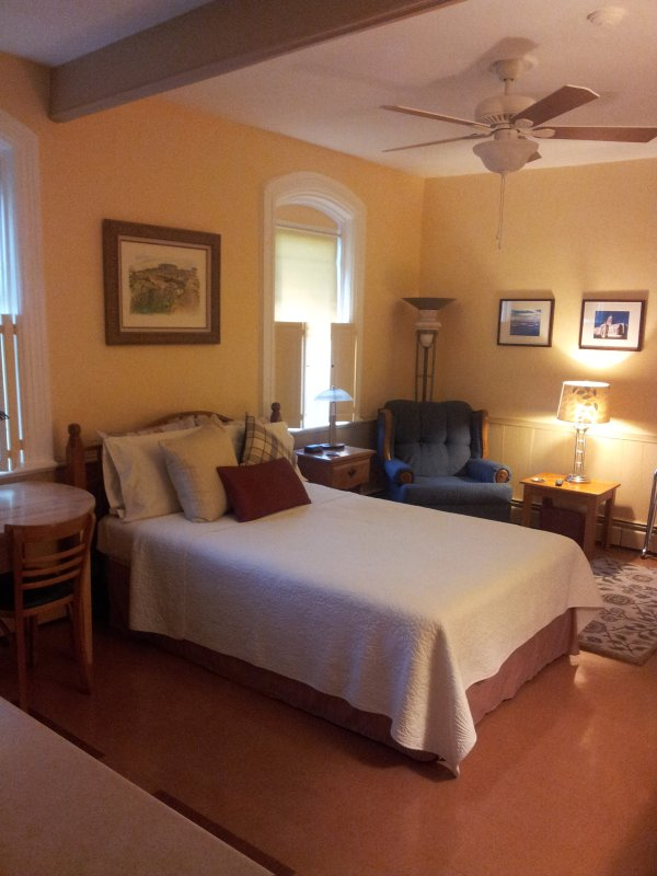 Cozy Guest House UPDATED 2020: 1 Bedroom Apartment in ...