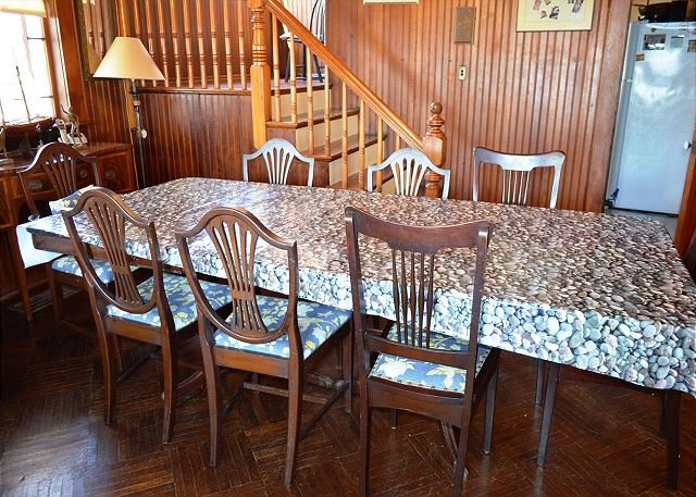 Dining room with seating for 10.