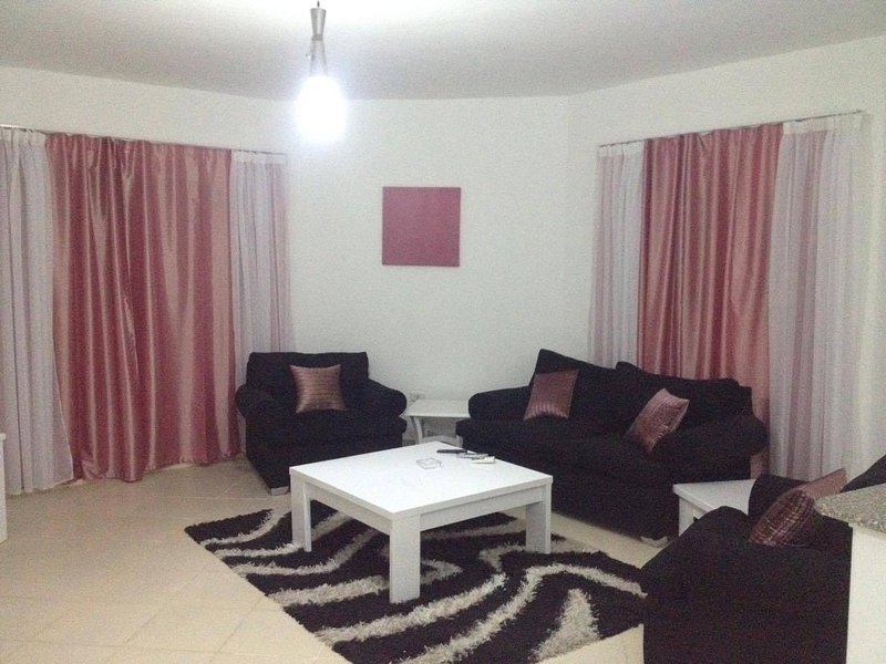 One bedroom (006) Regency Towers, Touristic Area, near to Mamsha, holiday rental in Makadi Bay
