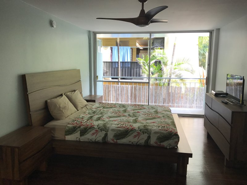 Affordable Hotel In Waikiki Review Of The Surftide 405
