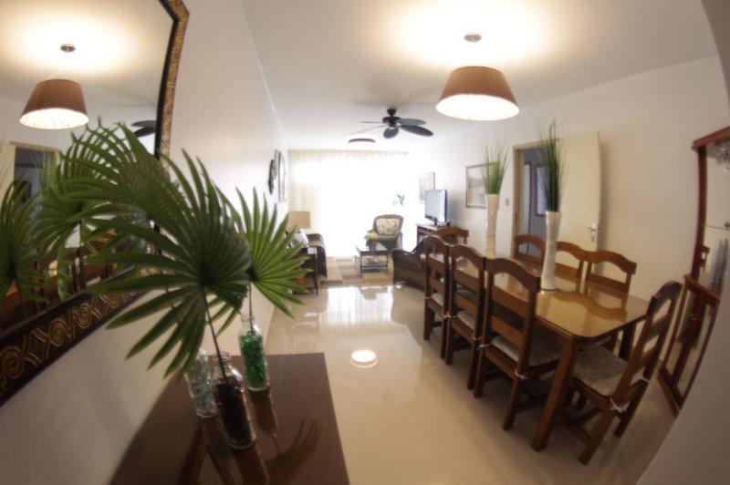 Praia do Forte  Apartamento Luxo 3 quartos, location de vacances à Sao Pedro da Aldeia