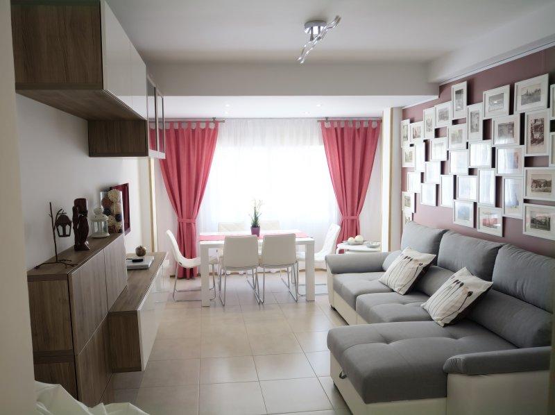 Een brightful woonkamer voor onze gasten te verwelkomen