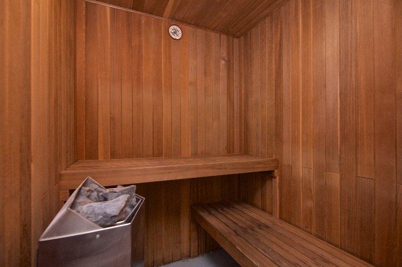 sauna privada en el condominio